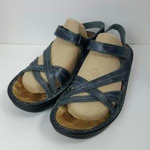 Naot sandals leather blue stripes women size 38